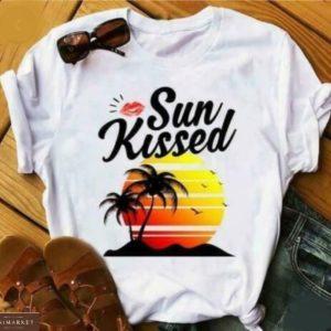 ПРиобрести белую женскую футболку с принтом закат на острове онлайн