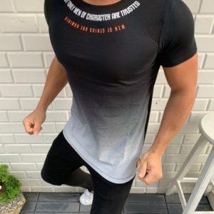 Купить черную мужскую футболку с градиентом и надписью (размер 48-54) недорого