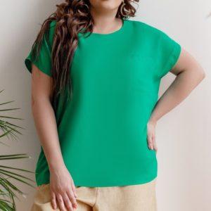 Приобрести зеленую женскую летнюю однотонную футболку из штапеля с карманом (размер 42-58) выгодно
