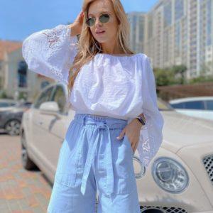 Заказать белую женскую кофту с объёмным рукавами с вышивкой онлайн