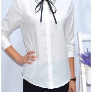 Купить женскую белую блузку из хлопка с оригинальным воротником дешево