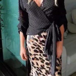 Заказать черную женскую шифоновую блузку на запах с длинным рукавом онлайн