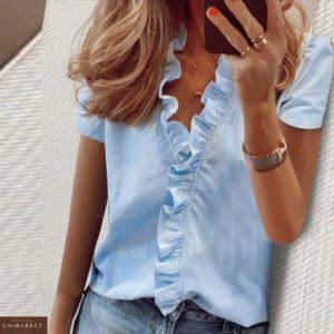 Заказать голубую женскую нежную блузку с рюшами (размер 42-56) по скидке