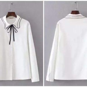 Заказать женскую белую блузку из хлопка с оригинальным воротником онлайн