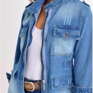 Купить женскую голубую джинсовку с царапками на змейке выгодно