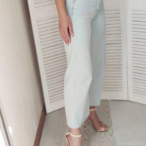 Заказать женские светло-голубые джинсы-кюлоты выгодно