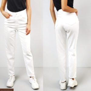 Купить белые женские джинсы Mom прямого кроя по низким ценам