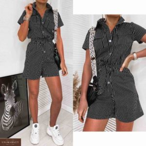 Купить черный комбинезон женский в вертикальную полоску с шортами и поясом онлайн