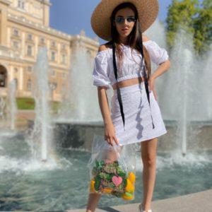 Заказать костюм из хлопка женский с вышивкой: топ с открытыми плечами+юбка белого цвета по низким ценам