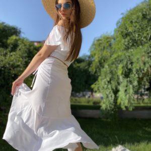 Заказать костюм с топом женский летний с юбкой на запах белого цвета дешево