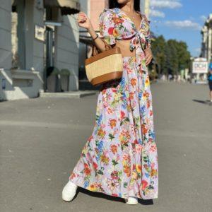 Купить костюм цветной для женщин с юбкой в пол с рукавами-фонариками недорого