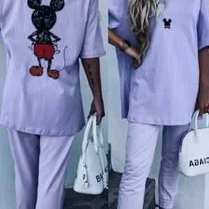 Купить лиловый женский прогулочный костюм с принтом Микки Маус на спине дешево