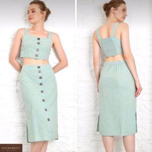 Приобрести фисташка женский костюм из льна с пуговицами: юбка миди+топ дешево
