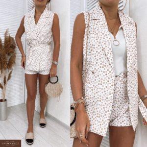 Замовити білий жіночий прінтованний костюм з шортами і жилеткою онлайн