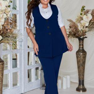 Купить бордо женский деловой костюм: жилет + брюки из костюмной ткани (размер 48-62) по скидке
