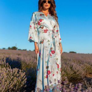 Приобрести голубое длинное платье из шелка с цветочным принтом на запах по скидке