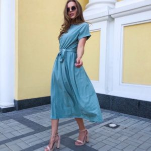 Приобрести голубое платье на лето для женщин миди в горошек с поясом онлайн