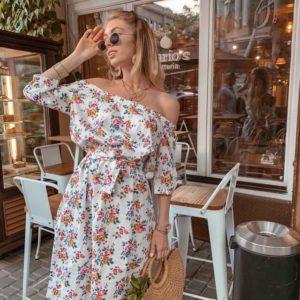Купити жіночу літню сукню з відкритими плечима білу з льону онлайн