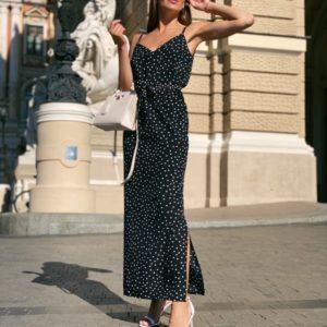 Приобрести длинное черное женское платье на бретельках в горошек с поясом онлайн