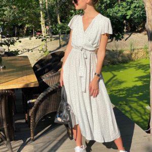 Купить белое женское платье миди из штапеля с поясом дешево