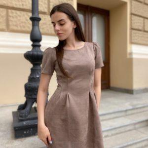 Заказать замшевое платье по скидке с рукавами-фонариками длины мини (размер 42-48) женское цвета мокко