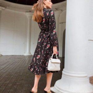 Заказать женское с поясом черное закрытое платье длины миди хорошего качества