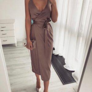 Купить беж женское платье на запах на бретельках из шелка армани (размер 42-50) выгодно