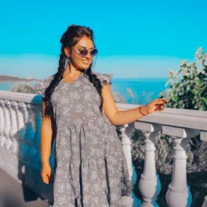 Заказать женское серое платье свободного кроя из батиста (размер 50-56) недорого