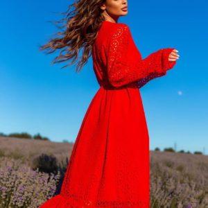 Купить женское красное платье с поясом и воланами (размер 42-54) выгодно