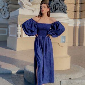 Купить платье макси женское из льна с вышивкой с объемными рукавами (размер 42-58) синего цвета в Украине