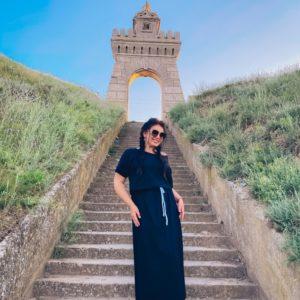 Заказать синее женское легкое платье миди с поясом в комплекте из коттона (размер 42-56) недорого