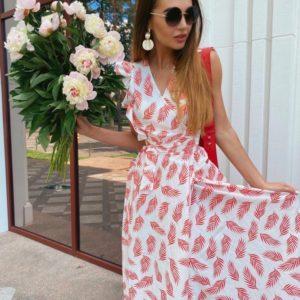 Купить красного цвета длинный сарафан женский на запах с принтом листья недорого