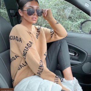 Заказать беж женскую тунику-свитер с лого Balenciaga онлайн