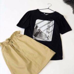 Приобрести женскую черную футболку с черно-белым принтом дешево