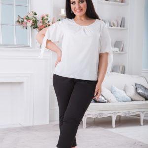 Купить черные женские укороченные брюки на резинке с карманами (размер 50-56) выгодно