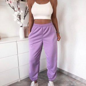 Купить женские трикотажные штаны на резинке из двухнити лавандового цвета онлайн (размер 42-50)