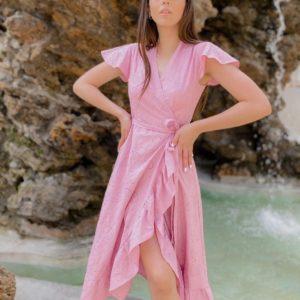 Замовити рожеве жіноче лляне плаття на запах з поясом і оборками (розмір 42-50) онлайн