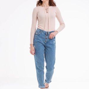 Заказать голубые джинсы Mom с пуговицами на ширинке для женщин по скидке