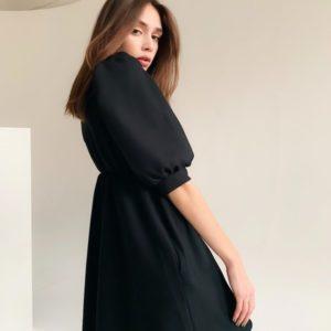 Приобрести женское маленькое черное платье с пышными рукавами (размер 42-48) по скидке