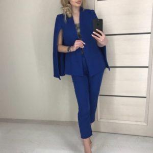 Заказать синий женский брючный костюм с кейпом онлайн