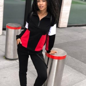 Купить женский черный спортивный трехцветный костюм с воротником на змейке (размер 42-54) на осень недорого