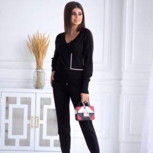 Приобрести черный вязаный прогулочный костюм с карманом для женщин по скидке
