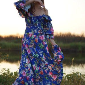 Приобрести синее платье для женщин макси в цветочный принт с открытыми плечами (размер 42-64) выгодно