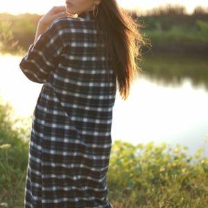 Придбати жіночу чорну Байкову в клітку сукню-сорочка (розмір 42-52) хорошої якості