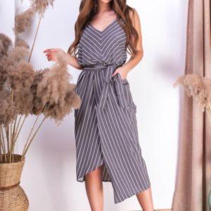 Приобрести серое женское полосатое платье на бретельках с асимметричным подолом онлайн