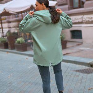 Заказать оливковую ветровку оверсайз с капюшоном (размер 42-56) для женщин по скидке