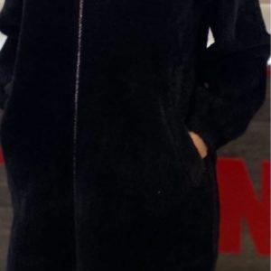 Купить черный женский удлиненный кардиган на змейке из шерсти альпаки (размер 42-50) по скидке на осень