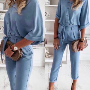 Приобрести женский брючный укороченный костюм с блузой голубого цвета (размер 42-48) недорого