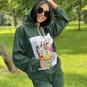Заказать женский принтованный зеленый спортивный костюм с джоггерами онлайн