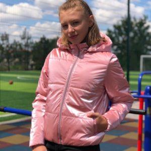 Заказать розовую бархатную куртку с эффектом «жемчуг» (размер 42-56) для женщин онлайн